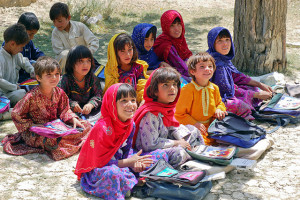 Schoolgirls_in_Bamozai