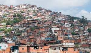 1280px-Petare_Slums_in_Caracas